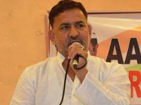 AAP MLA Mahendra Yadav arrested for allegedly assaulting govt official