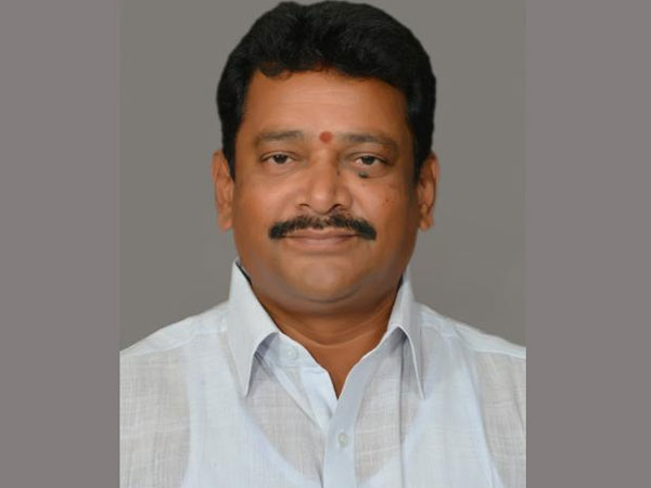 Another MLA Kalamata Venkata Ramana quits YCP