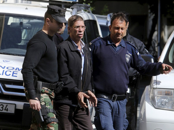 Egyptian Hijack Suspect Ordered Held For 8 Days