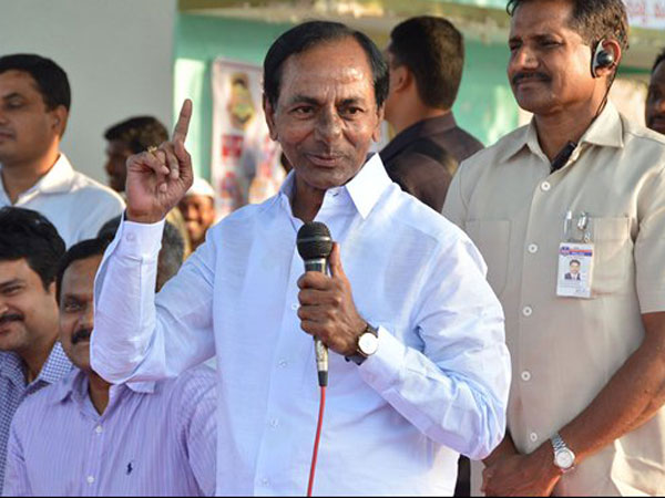 KCR Pledged Rs.5 Crore to Tirupati