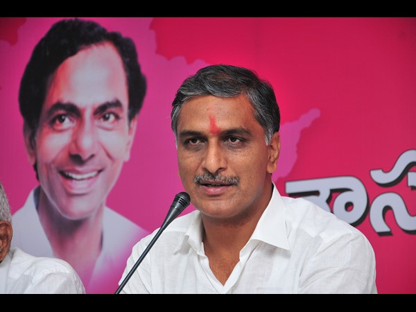 harish rao fires on tdp, congress over projects issue