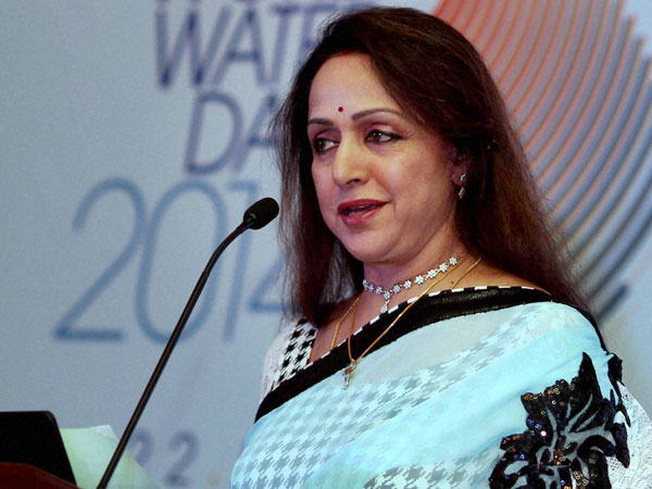 Hema Malini Insulted Me Village Pradhan S Husband
