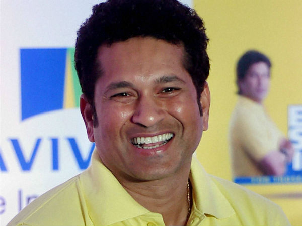 Sachin donates Rs 76 lakh to Bengal school for new facilities