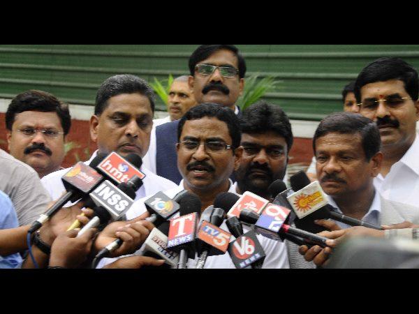 Telangana Jac Leaders Met Supreme Court Chief Justice