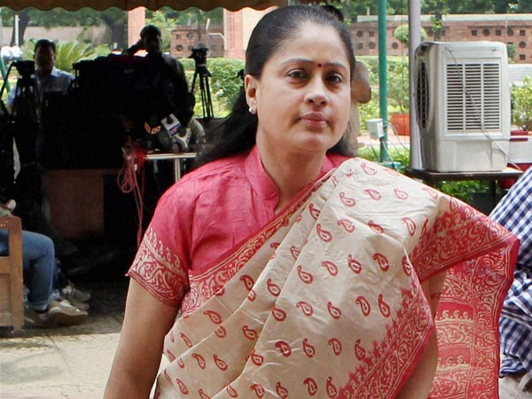 Vijayashanti, Ajaruddin are the front runners in race for TPCC