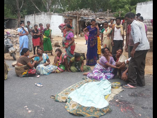 5 year old girl dies in road accident at Hayath Nagar