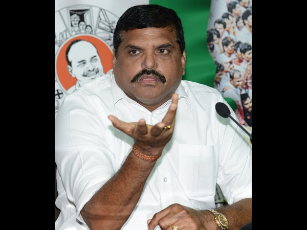 YSRCP leader Botsa takes on Chandrababu