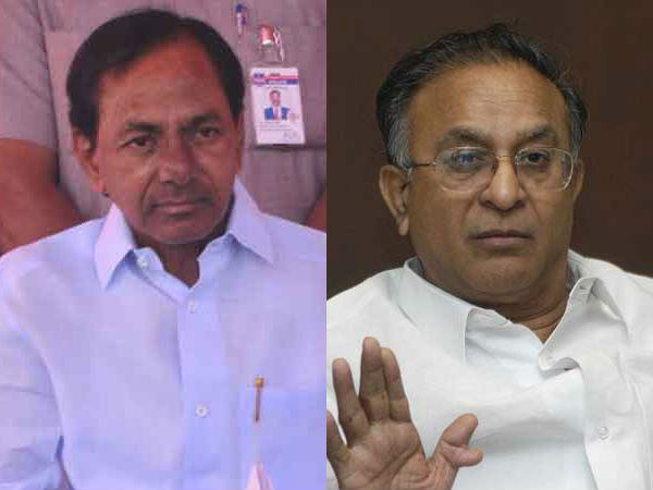 Jaiapl Reddy lashes out at KCR