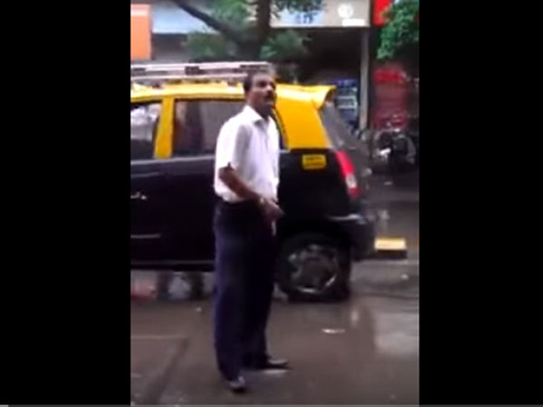 Ridiculously Funny Video Man Shows His Dance Moves Middle Busy Mumbai