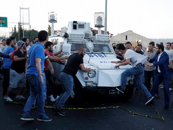 As 200 Soldiers Surrender, Turkey President Says Coup Attempt Foiled