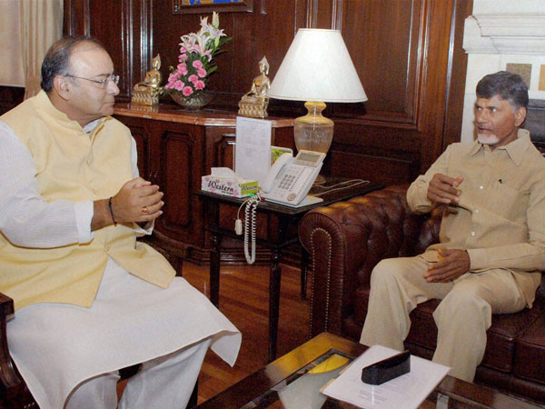 Arun Jaitley talks with AP CM Chandrababu over AP special Status issue