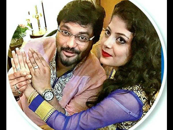 Babul Supriyo and Rachna Sharma tie the knot with PM Modi in attendance