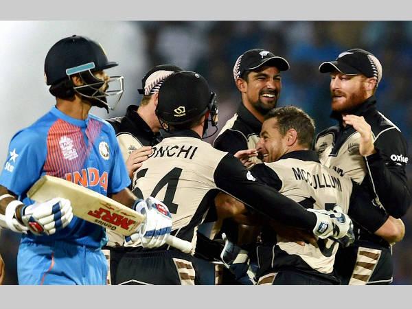 'విశాఖ'కు చేరుకున్న ఇరు జట్లు: మ్యాచ్పై నీలినీడలు