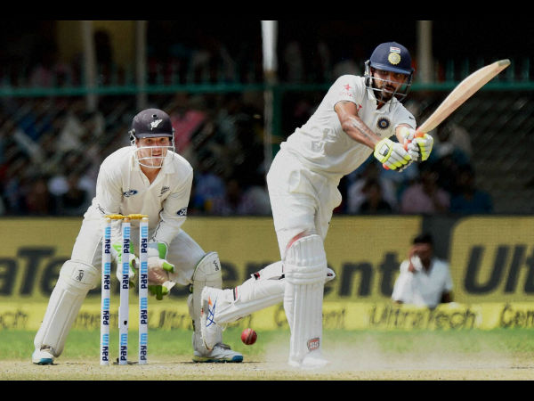 India docked 5 runs after Jadeja runs on pitch