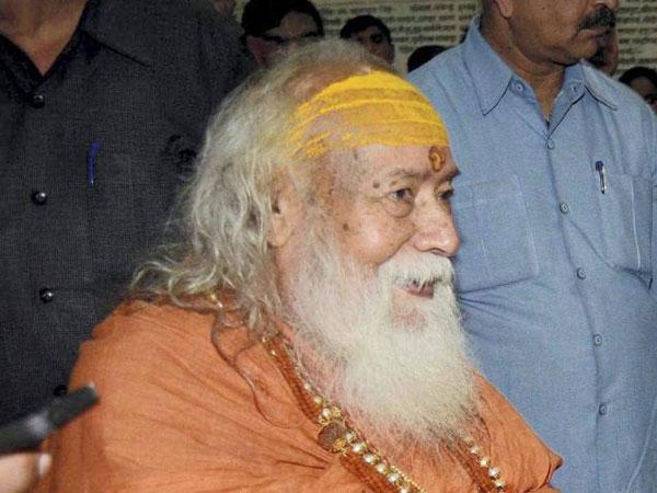 షిర్డీ సాయి ఏం చేశాడు: భక్తులకు ప్రశ్నలు సంధించిన స్వరూపానంద