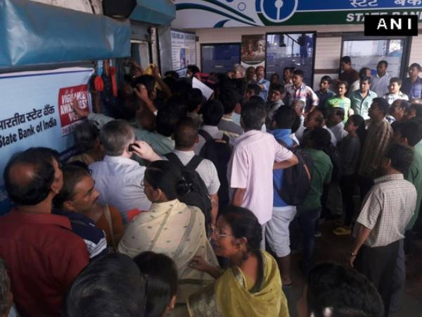 A retired employee was died in queue infront of bank