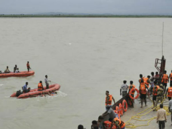 3 dead Bodies Found in Bechupally Krishna River.