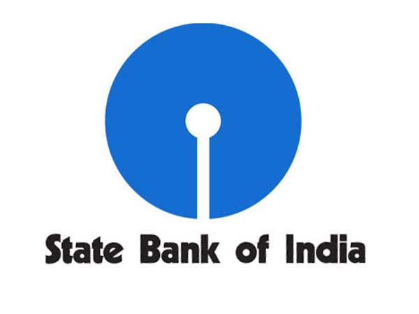 SBI brings cheer during cash chaos: Will dispense Rs 50-20 notes soon