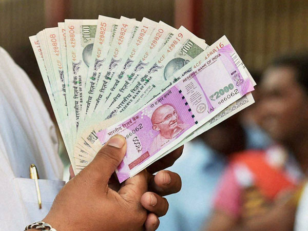 18 held for facilitating notes exchange, Rs 1.44 crore seized