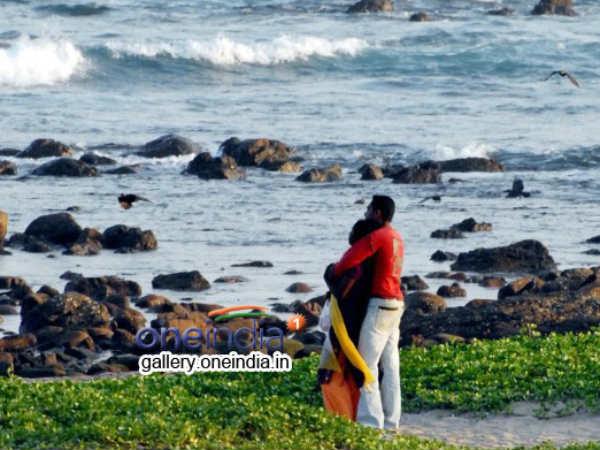 భలే గిరాకీ: అమ్మాయిలపై ఒత్తిడి, అద్దెకు బాయ్ప్రెండ్స్