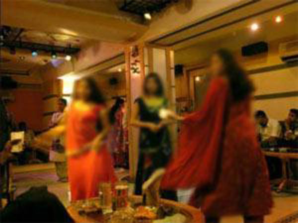 Nashik: Striptease party busted, many related to top Maharashtra babus held