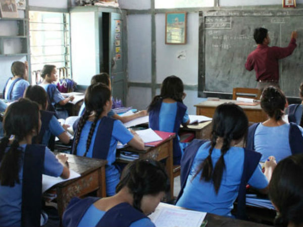 Teachers should not wear jeans and Tshirts says Umesh Tripathi