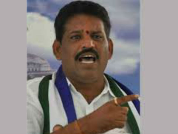 Chevireddy bhaskar reddy stage protest at AP Assembly