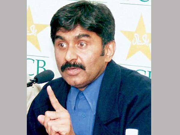 Pakistan cricket great Javed Miandad calls for death penalty for match fixers