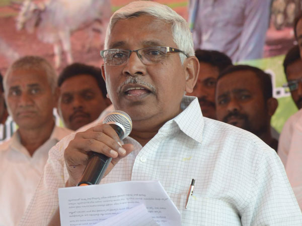 Telangana JAC chairman Kodandaram fired at TRS Government for jobs issue.