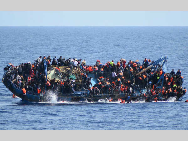 Over 250 migrants feared drowned in Mediterranean