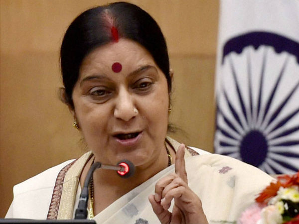 No need to worry, says Sushma Swaraj to Indian IT professional on H-1B visas