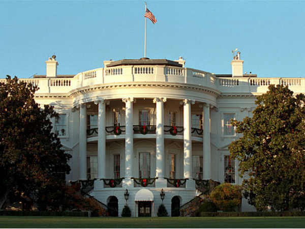 White House bomb threat: man arrested after claiming to have device in car