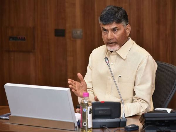 Chandrababu takes class to officer