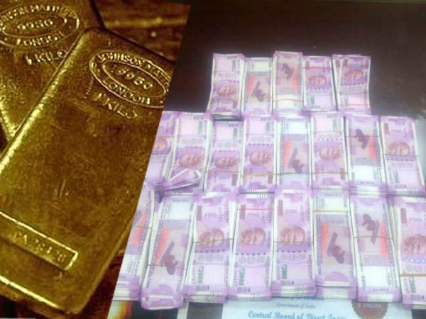 Income-Tax dept seizes Rs 10 cr, 10 kg gold in Noida raid on Additional Sales Tax Commissioner