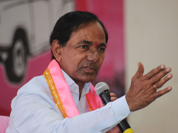 KCR fires at Khammam farmers agitation issue
