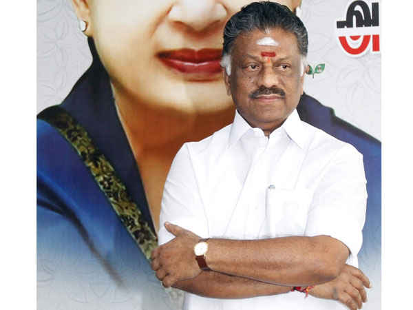 Palaniswami and panneerselvam groups discussion will continues