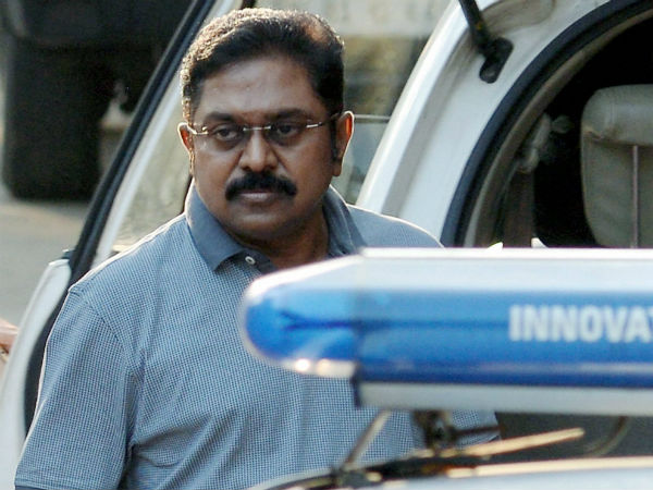 The Delhi police, which is presently introgate TTV Dinakaran will present him in the Delhi court today.