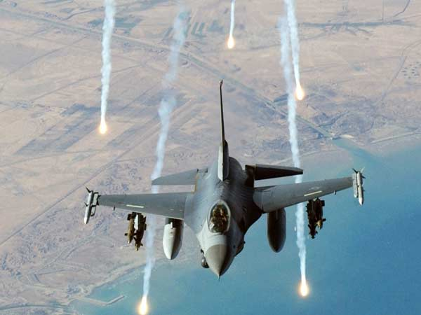 US-led strikes kill 35 civilians in east Syria
