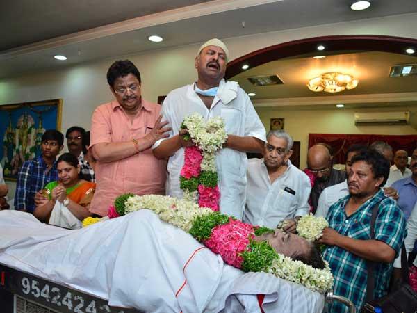 Mohan Babu Suggestions Regarding Dasari Funeral