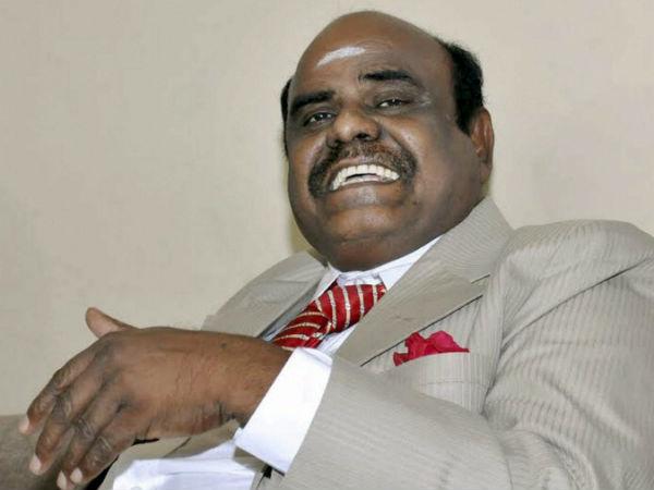 Kolkatta Police Arrive Chennai Arrest Justice Cs Karnan