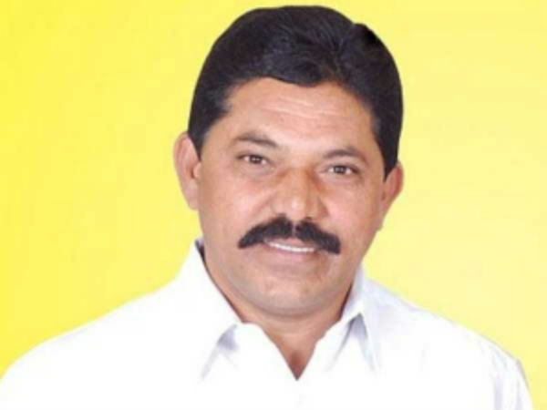 Ramesh Rathore, Piedipalli Ravinder Rao joined in TRS, CM KCR filled 8 Nominated Posts in Telangana