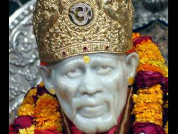 Donate blood, get VIP pass at Shirdi