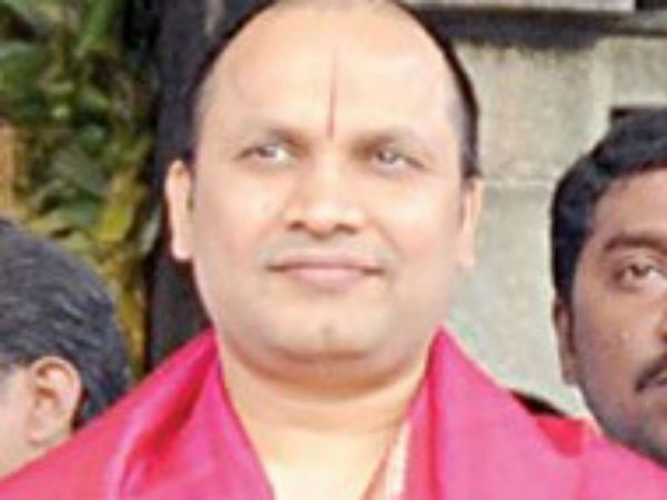 TN contractor Shekar Reddy participated president swearing