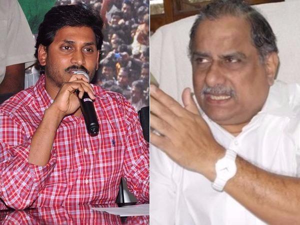 తప్పు చేస్తున్నారు చంద్రబాబు గారు..: ముద్రగడ అరెస్టుపై జగన్ ట్వీట్
