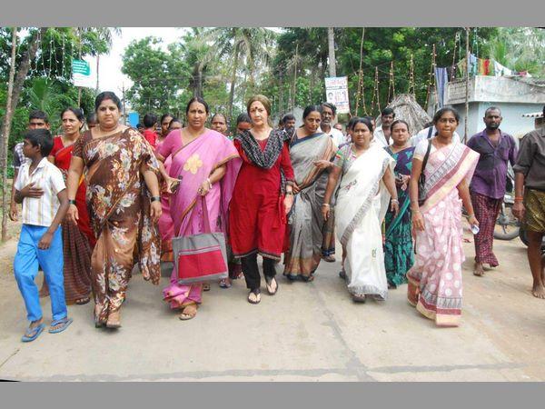 Violence Erupts Andhra Village Over Godavari Mega Aqua Food