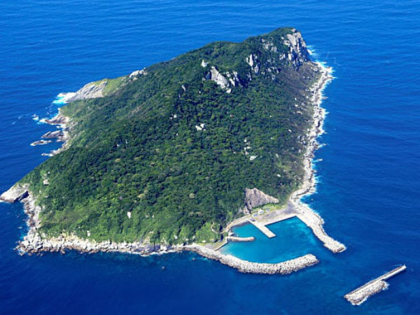 Okinoshima: Sacred Japanese island where women are banned becomes Unesco world heritage site