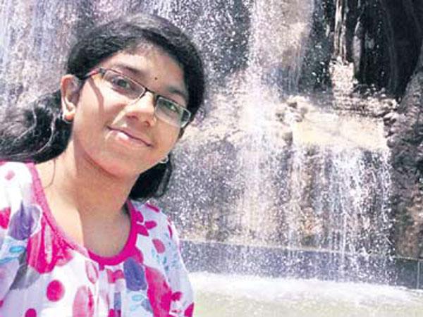 పూర్ణిమను కిడ్నాప్ చేసింది ఉపాధ్యాయులేనా?: రంగంలోకి 18బృందాలు