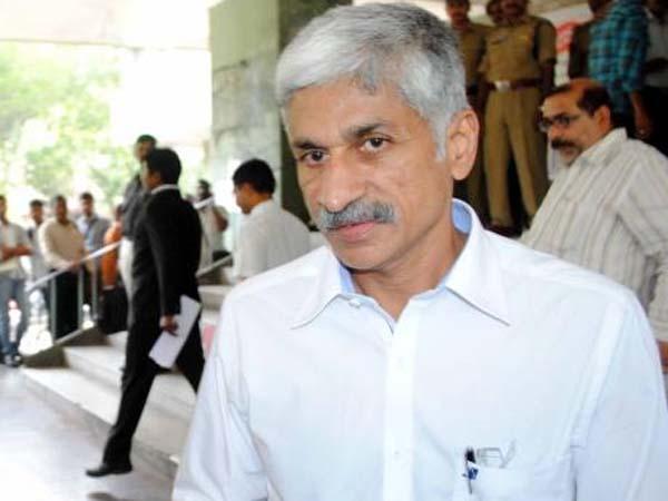 Devineni Lashes At Kvp Vijaya Sai Reddy