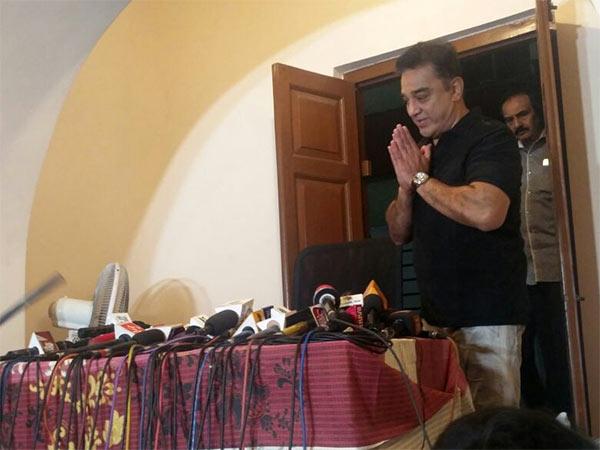 Actor Kamal Haasan Takes Jibe At Merger Aiadmk Factions