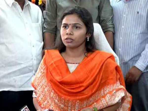 Minister Akhilapriya Response Over Gangula Pratap Reddy Join